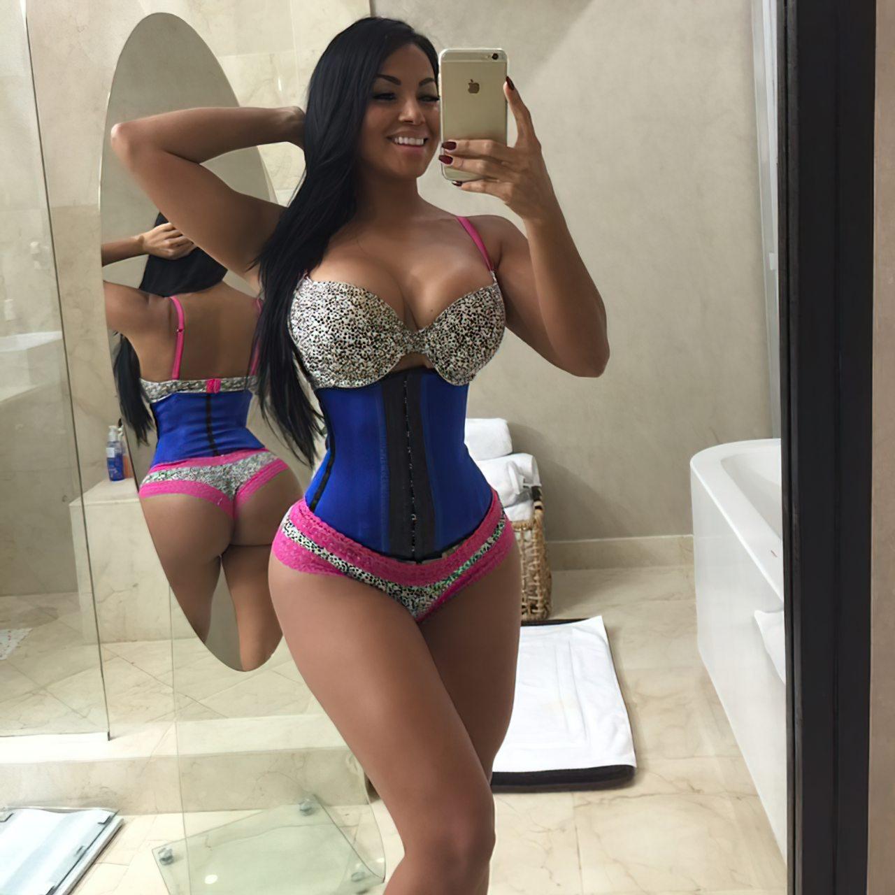 Dolly Castro (37)