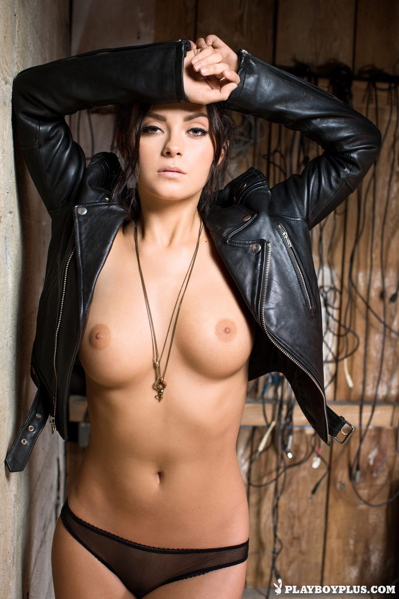 Alexandra Tyler Nua (3)