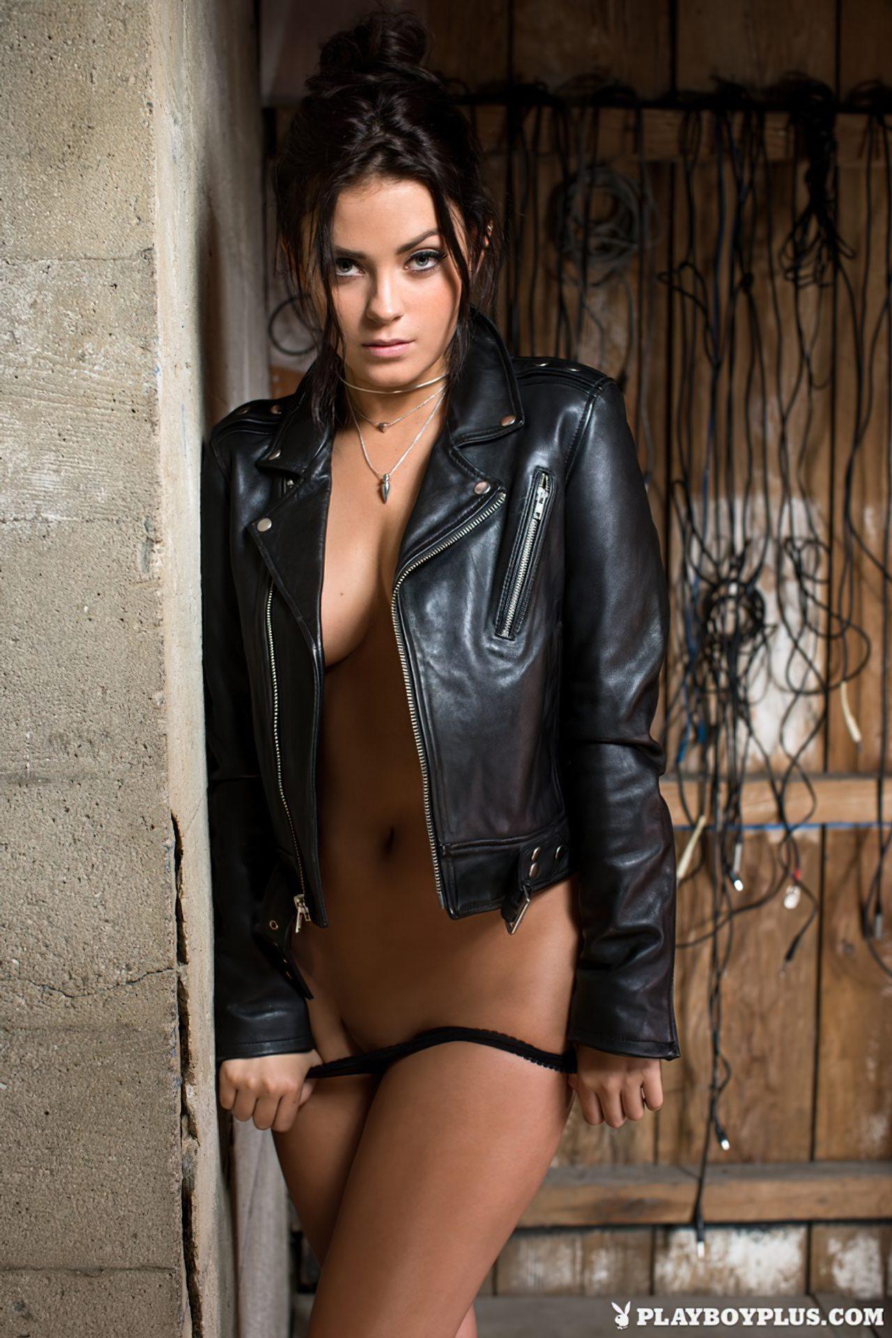 Alexandra Tyler Nua (6)