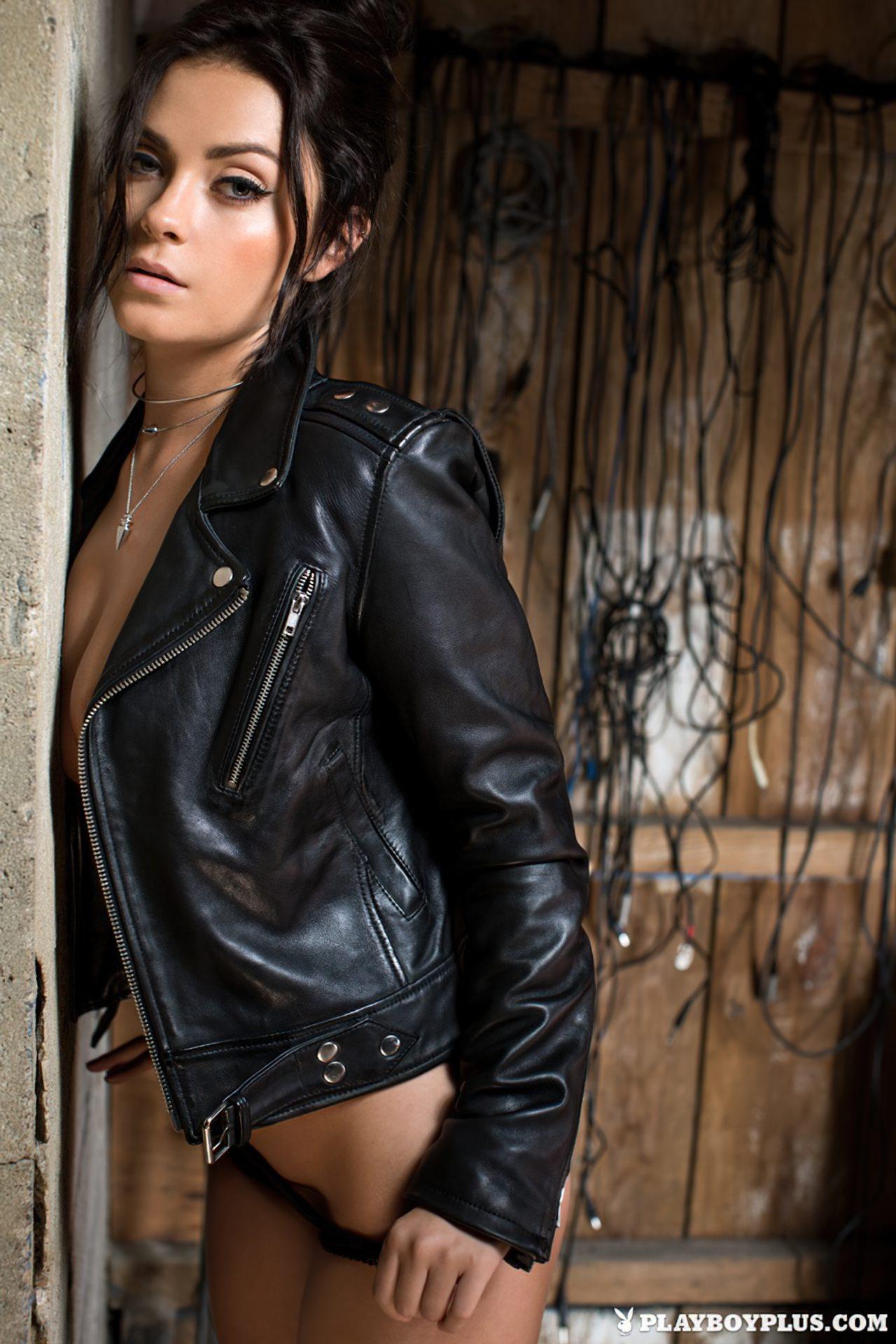 Alexandra Tyler Nua (7)