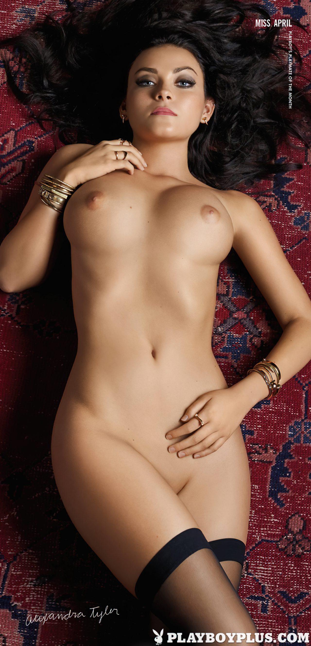 Alexandra Tyler Nua (18)