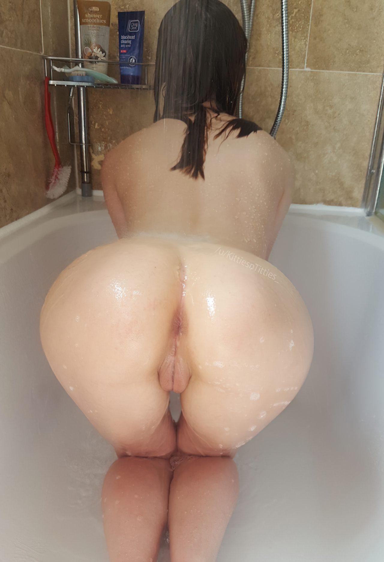 Amadora Tomando Banho (3)